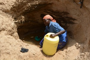 The Water Project : 10-kenya4782-family-one-fetching-water