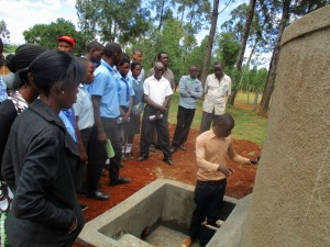 The Water Project : 11-kenya4643-training