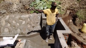 The Water Project : 12-kenya4697-construction