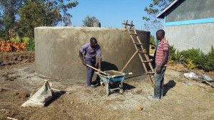 The Water Project : 13-kenya4647-construction