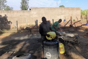 The Water Project : 16-kenya4646-construction