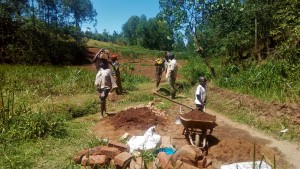 The Water Project : 16-kenya4704-collecting-materials