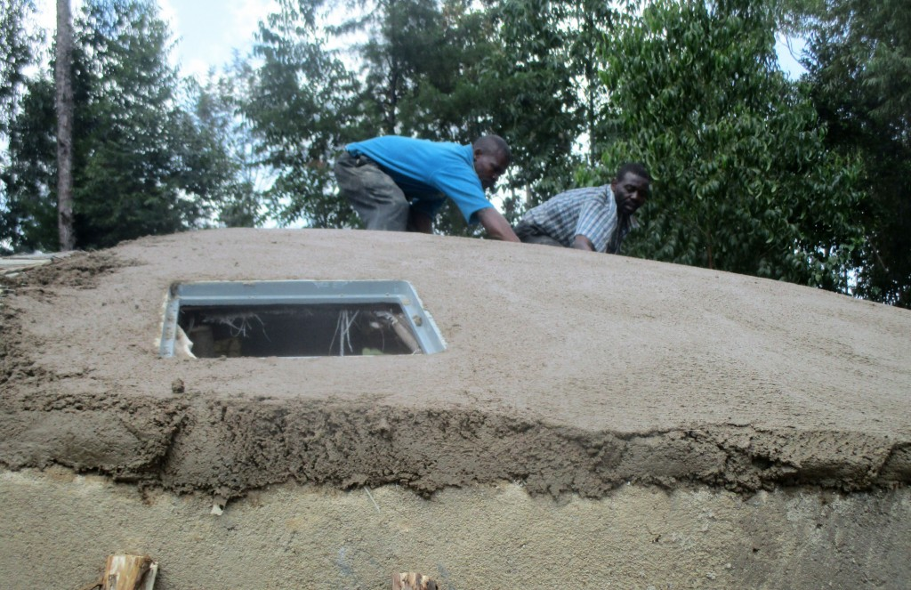 17 kenya4641 tank construction