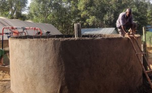The Water Project : 17-kenya4646-construction