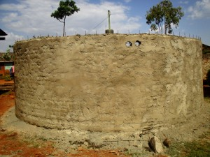 The Water Project : 18-kenya4648-construction