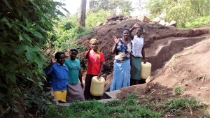 The Water Project : 18-kenya4701-protected-spring