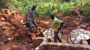 The Water Project : 18-kenya4708-construction