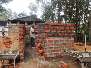 The Water Project : 19-kenya4646-construction