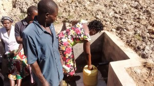 The Water Project : 19-kenya4697-protected-spring