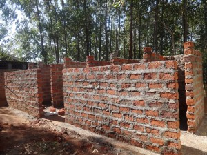 The Water Project : 20-kenya4646-construction