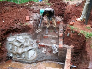 The Water Project : 20-kenya4703-construction