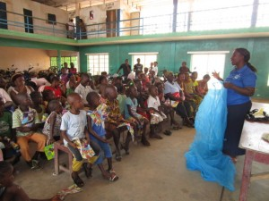 The Water Project : 20-sierraleone5103-training