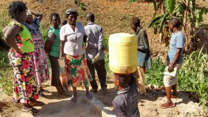 The Water Project : 21-kenya4697-protected-spring