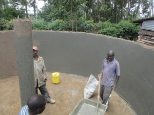 The Water Project : 22-kenya4640-construction