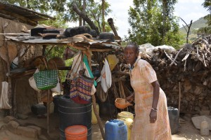 The Water Project : 23-kenya4782-family-two-household