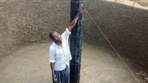 The Water Project : 24-kenya4646-construction