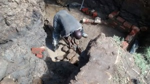 The Water Project : 24-kenya4700-construction