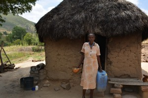 The Water Project : 24-kenya4782-family-two-household