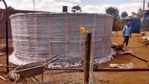 The Water Project : 25-kenya4646-construction