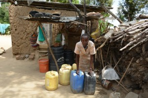 The Water Project : 25-kenya4782-family-two-household