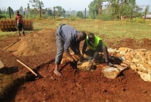 The Water Project : 26-kenya4643-construction