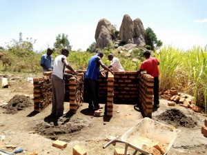 The Water Project : 26-kenya4647-construction