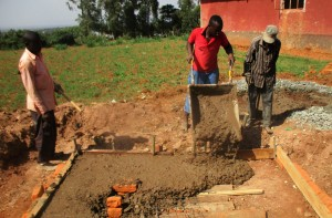 The Water Project : 26-kenya4648-construction