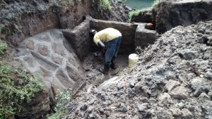 The Water Project : 26-kenya4700-construction