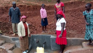 The Water Project : 26-kenya4709-protected-spring