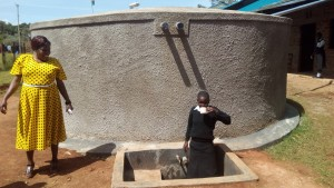 The Water Project : 28-kenya4645-finished-tank