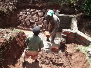 The Water Project : 28-kenya4710-construction