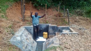 The Water Project : 29-kenya4704-protected-spring