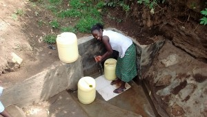 The Water Project : 30-kenya4701-protected-spring