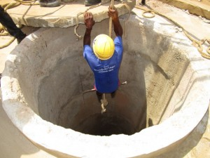 The Water Project : 30-sierraleone5103-construction
