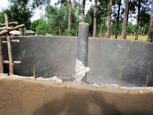 The Water Project : 32-kenya4643-construction