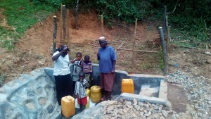 The Water Project : 32-kenya4704-protected-spring