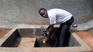 The Water Project : 34-kenya4645-finished-tank
