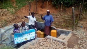 The Water Project : 34-kenya4704-protected-spring