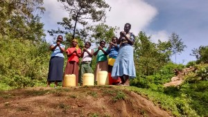 The Water Project : 35-kenya4701-protected-spring