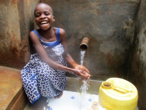 The Water Project : 35-kenya4703-protected-spring