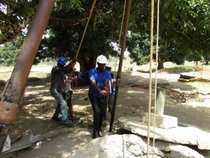 The Water Project : 35-sierraleone5102-drilling