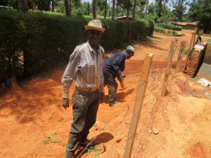 The Water Project : 36-kenya4643-construction