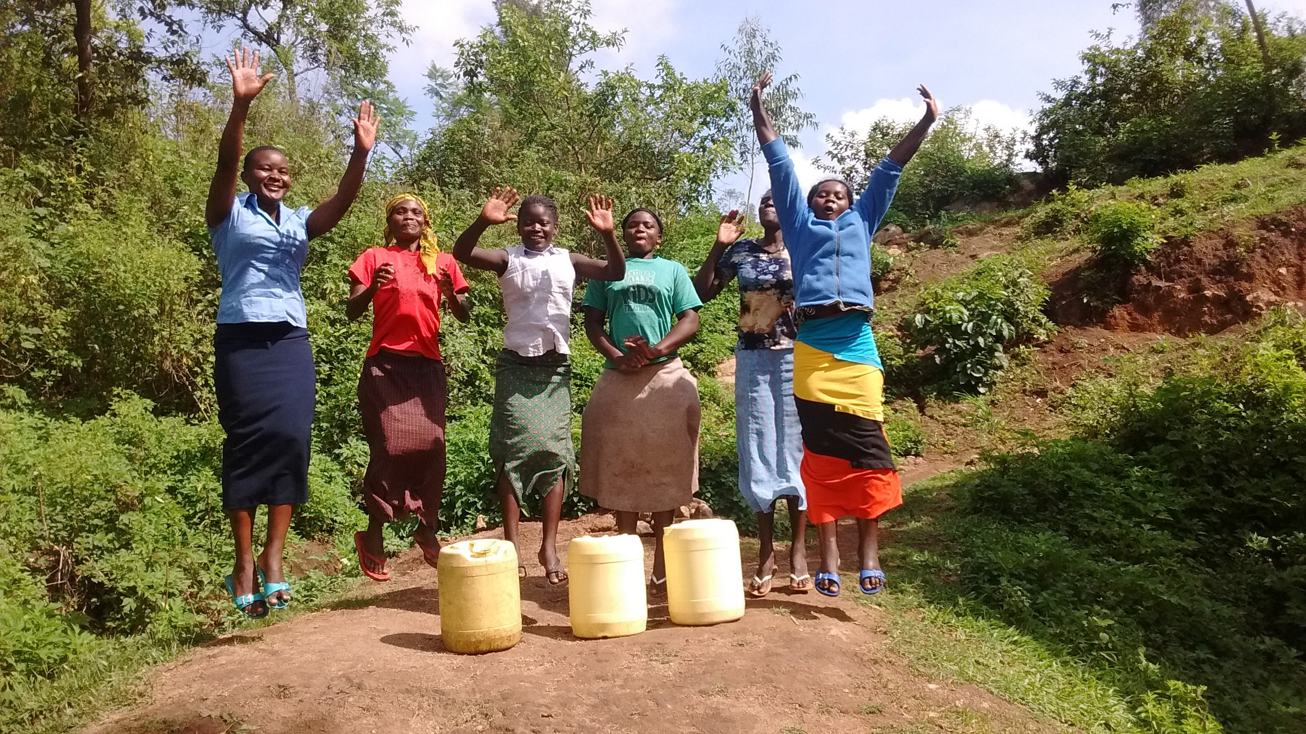 The Water Project : 36-kenya4701-protected-spring