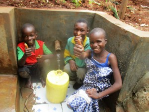 The Water Project : 36-kenya4703-protected-spring