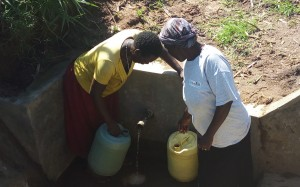 The Water Project : 37-kenya4700-protected-spring