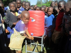 The Water Project : 41-kenya4642-hand-washing