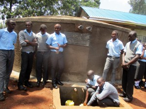 The Water Project : 42-kenya4643-finished-tank
