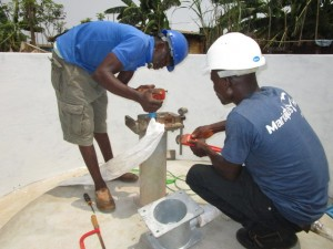 The Water Project : 44-sierraleone5103-pump-installation