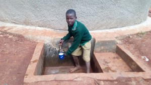 The Water Project : 45-kenya4644-finished-tank