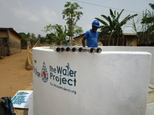 The Water Project : 45-sierraleone5103-pump-installation